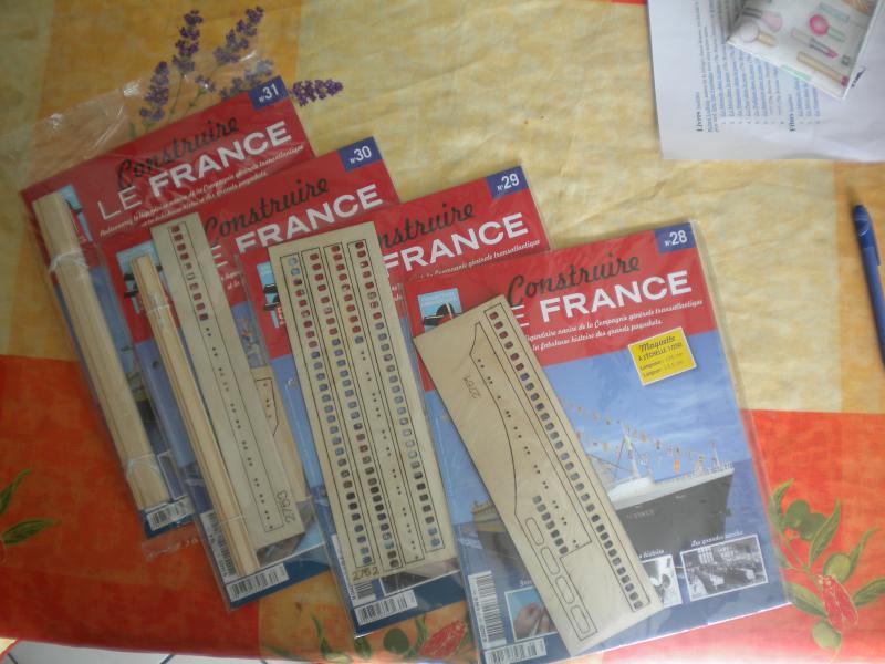 """LE FRANCE  échelle 1/250      Amati/Hachette"""" - Page 3 840750DSCN1874"""