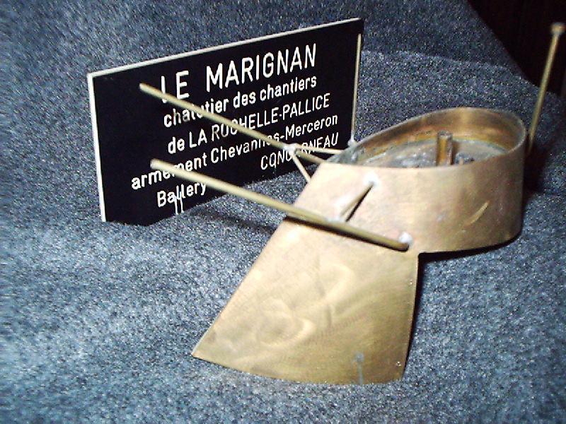 """""""le Marignan""""sauvé des poubelles...enfin presque. 846207EBAUCHE_CHEMINEE"""