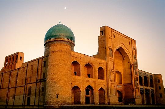 25 des plus belles mosquées du monde 850911boukhara_280365