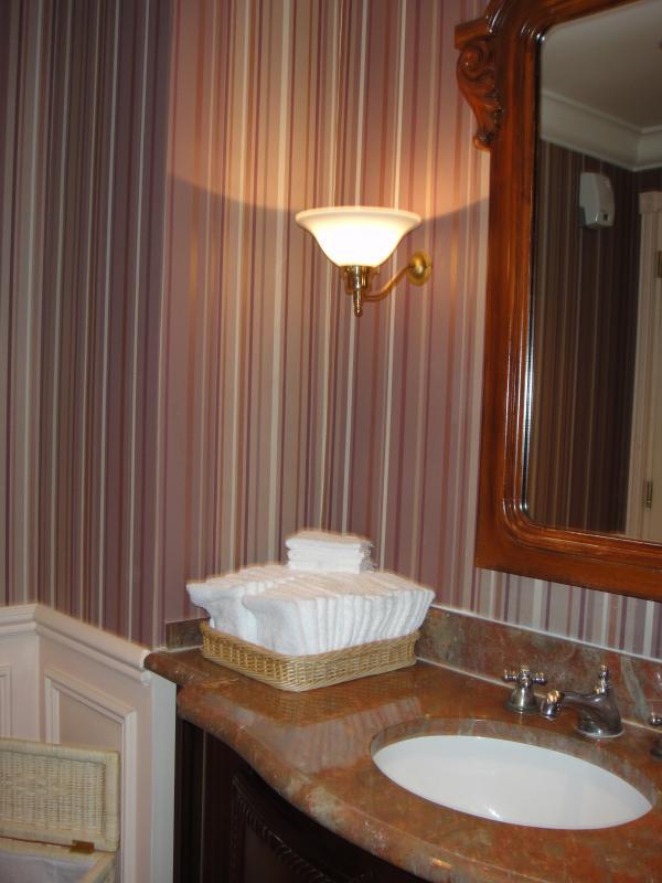 [DLP] Noël au Castle Club du Disneyland Hotel du 23 au 25 décembre 2009 (NEW: 2ème partie du Chapitre 2) - Page 3 877740DSC00101