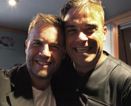 Robbie et Gary à la BBC Radio 1 26/08/210 - Page 2 88134246806_154568904558582_100000164202984_540177_7308072_n