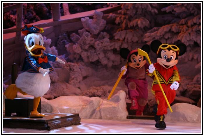 Spectacle Mickey et la magie de l'hiver 893622IMG_0140