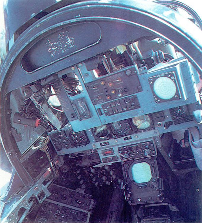 [MC1 - F4 Phantom] F-4N Phantom II Hasegawa 1/48 - TERMINE ! 928926f4nrear01