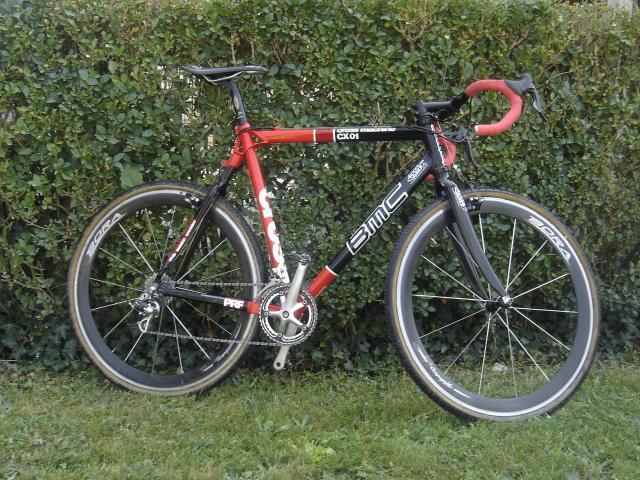 Présenter votre VTT ou vélo cyclo-cross - Page 4 974357DSC04559