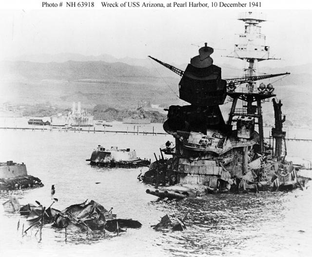 à propos du USS ARIZONA 978822USS_Arizona_19