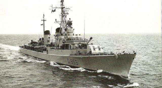 DESTROYERS LANCE-MISSILES CLASSE AUDACE 992762destroyer_Indomito