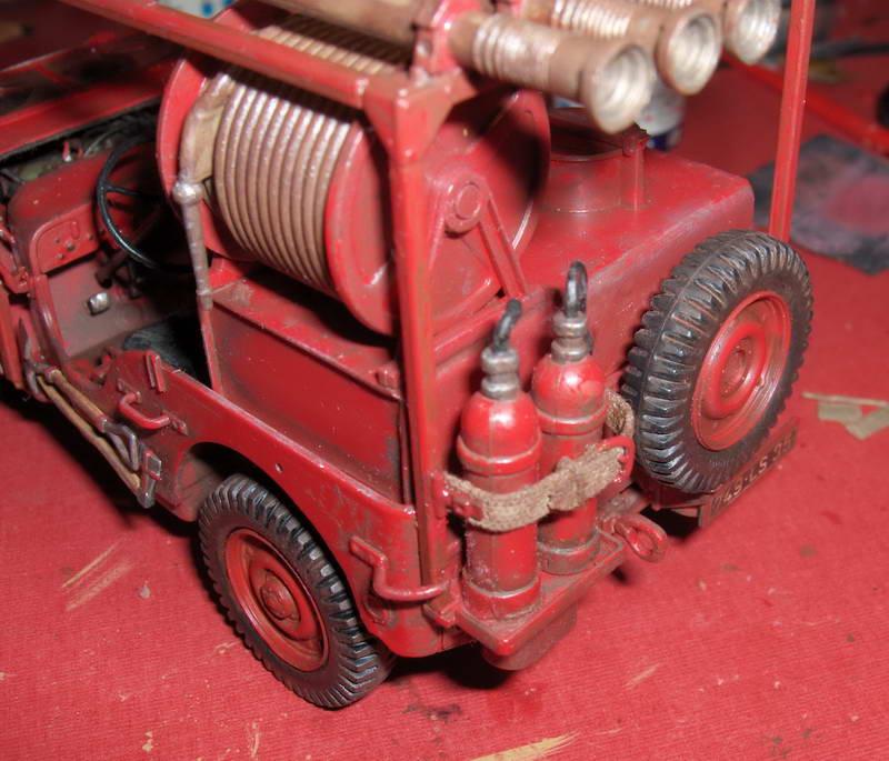 Fire Jeep 1/24 Italeri - Page 5 999307HPIM0865