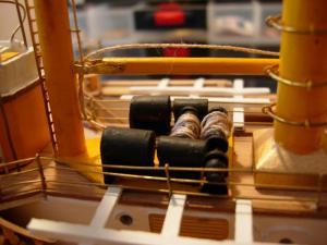 maquette Amérigo Vespucci 1/100 de chez Mantua - Page 6 Mini_342378DSCN4236