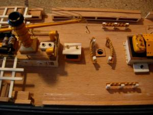 maquette Amérigo Vespucci 1/100 de chez Mantua - Page 6 Mini_371114DSCN4233