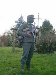 Allez je me lance! (Panzergrenadier de la 21 eme Pzdiv) Mini_504219S7300639