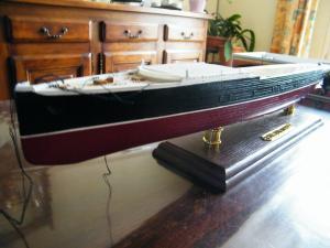 RMS Lusitania (Deluxe Model) - 1:350 - Gunze Sangyo Mini_520742DSCF0845