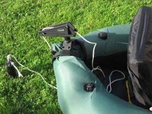 Comment pêcher en poste fixe avec un float-tube ? Mini_622363IMG_3438