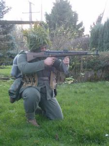 Allez je me lance! (Panzergrenadier de la 21 eme Pzdiv) Mini_727444S7300641