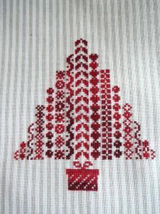 SALPIN An III - Chouquette décembre  à jour Mini_864090sapin_rouge