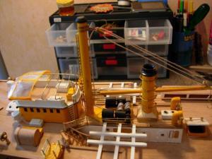 maquette Amérigo Vespucci 1/100 de chez Mantua - Page 6 Mini_915029DSCN4237