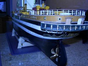 maquette Amérigo Vespucci 1/100 de chez Mantua - Page 6 Mini_951120DSCN4228