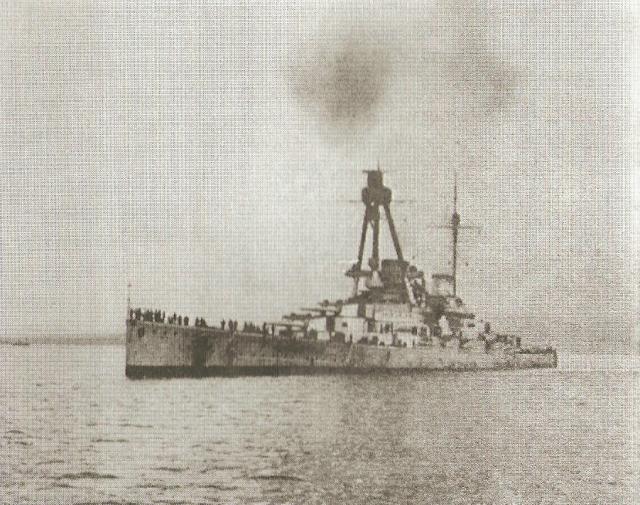 ROYAL NAVY CROISEUR DE DE BATAILLE HMS HOOD 125119SMS_Derfflinger