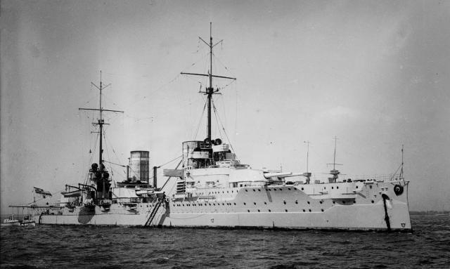 ROYAL NAVY CROISEUR DE DE BATAILLE HMS HOOD 132682SMS_von_der_Tann_LOC_16927u