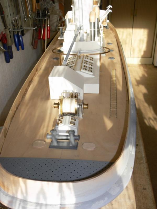"""Maquette remorqueur à vapeur de 330 tonnes """"Evenos"""" au 1/20ème 153498P1050437__Resolution_de_l__ecran_"""