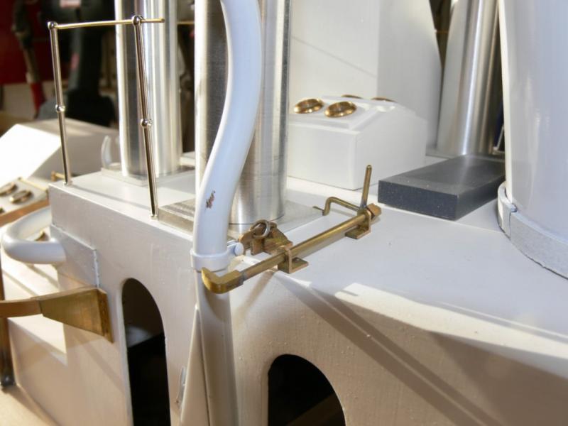 """Maquette remorqueur à vapeur de 330 tonnes """"Evenos"""" au 1/20ème 204530P1050432__Resolution_de_l__ecran_"""