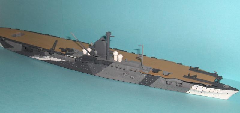DKM Graf Zeppelin [revell 1/720] 25269HPIM1094