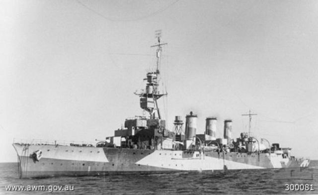 ROYAL NAVY CROISEUR DE DE BATAILLE HMS HOOD 301106HMAS_Adelaide