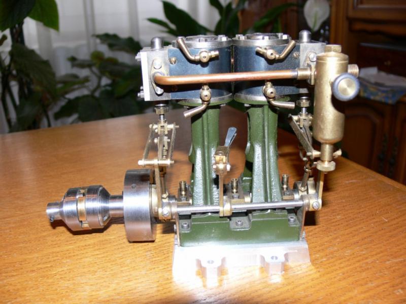 """Maquette remorqueur à vapeur de 330 tonnes """"Evenos"""" au 1/20ème 321602P1050445__Resolution_de_l__ecran_"""