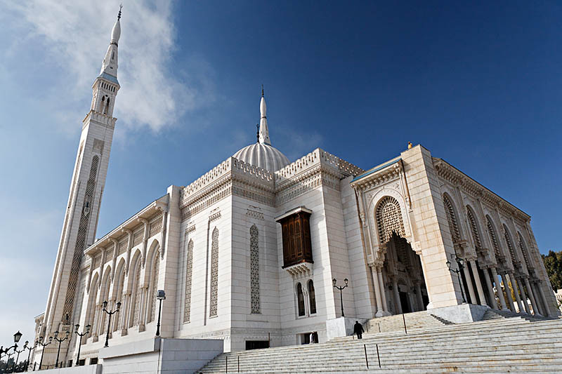 la mosquée Emir Abdelkader. 34327676219156.gWBTrO77.20051208_3973_DxO355_rawcopie