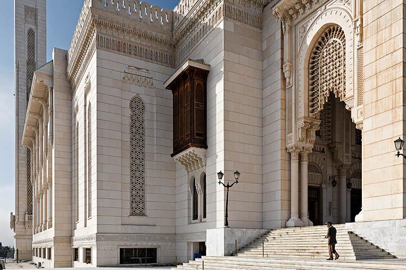 la mosquée Emir Abdelkader. 35964076219159.NvMpM6S2.20051208_3982_DxO355_raw_ptguicopie