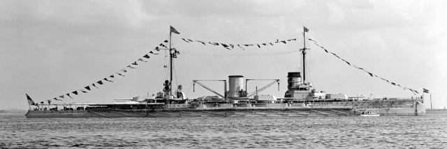 ROYAL NAVY CROISEUR DE DE BATAILLE HMS HOOD 420591SMS_Moltke_LOC_hec_01144