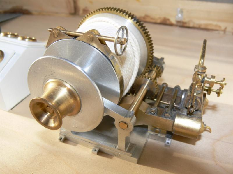"""Maquette remorqueur à vapeur de 330 tonnes """"Evenos"""" au 1/20ème 445524P1050419__Resolution_de_l__ecran_"""