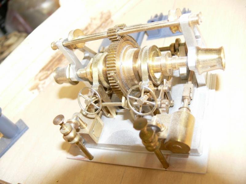 """Maquette remorqueur à vapeur de 330 tonnes """"Evenos"""" au 1/20ème 449895P1050439__Resolution_de_l__ecran_"""