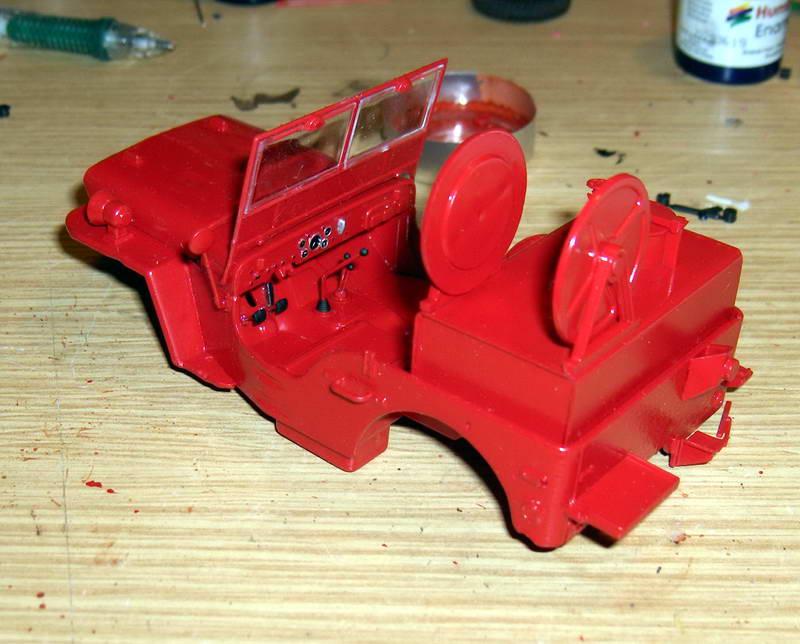 Fire Jeep 1/24 Italeri - Page 2 487183HPIM0766