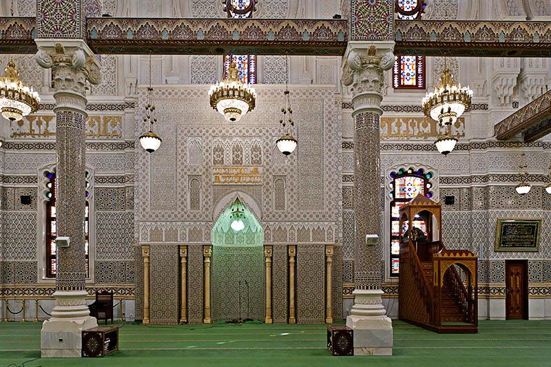 la mosquée Emir Abdelkader. 56688976219175.6UnEBsYF.20051208_4035_DxO355_rawc_ptguicopie