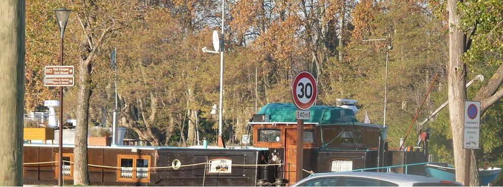 AVIGNON :TGV ,DEMOISELLES ET PONTS PRESENTS MAIS ARLES RESTE MUET CE SOIR - Page 6 627102P1020303