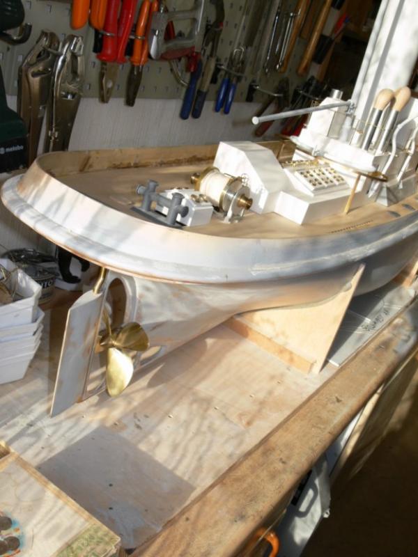 """Maquette remorqueur à vapeur de 330 tonnes """"Evenos"""" au 1/20ème 654994P1050443__Resolution_de_l__ecran_"""