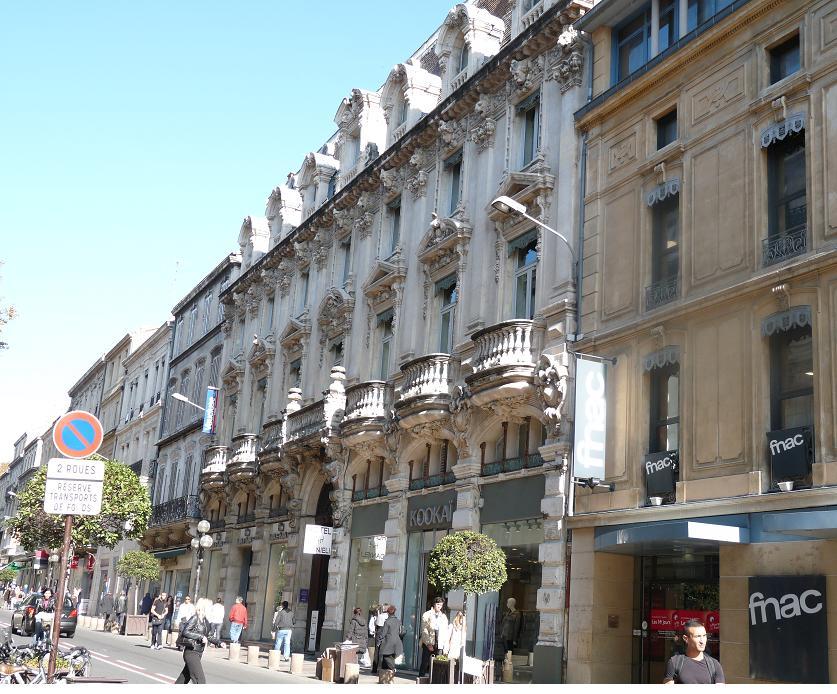 AVIGNON :TGV ,DEMOISELLES ET PONTS PRESENTS MAIS ARLES RESTE MUET CE SOIR 749305P1010916