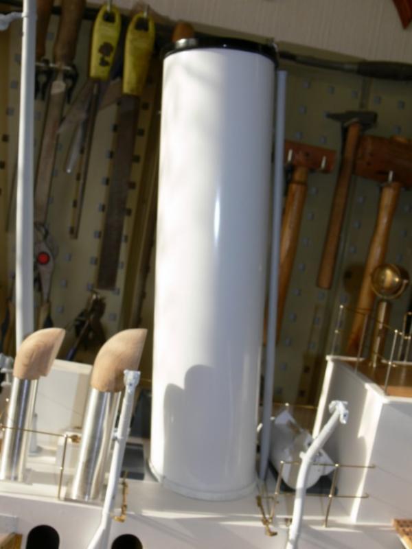 """Maquette remorqueur à vapeur de 330 tonnes """"Evenos"""" au 1/20ème 809166P1050435__Resolution_de_l__ecran_"""
