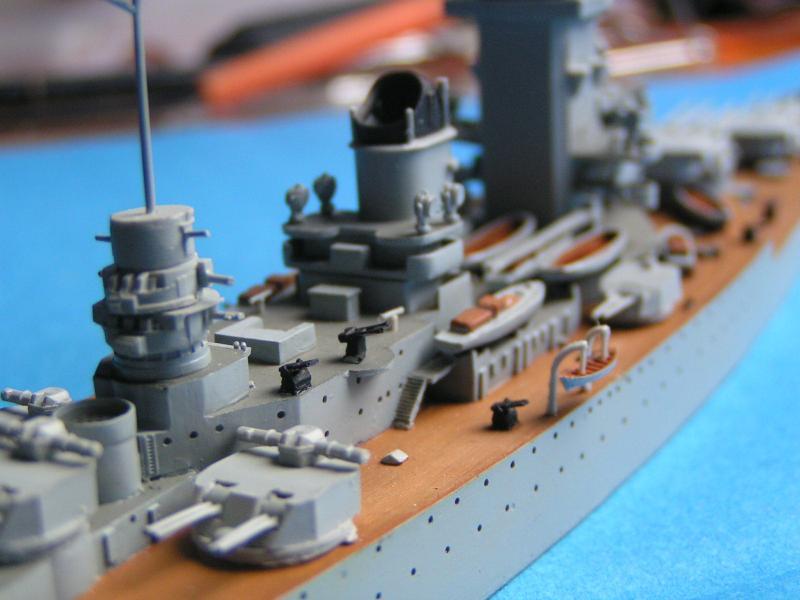 Croiseur de bataille Strasbourg au 700 en résine 820114PICT0011