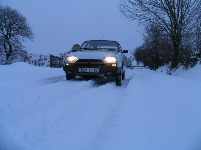 GSA dans la neige... 884647IMG_0655