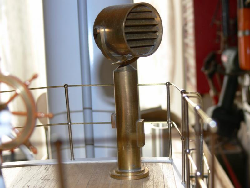 """Maquette remorqueur à vapeur de 330 tonnes """"Evenos"""" au 1/20ème 951719P1050423__Resolution_de_l__ecran_"""