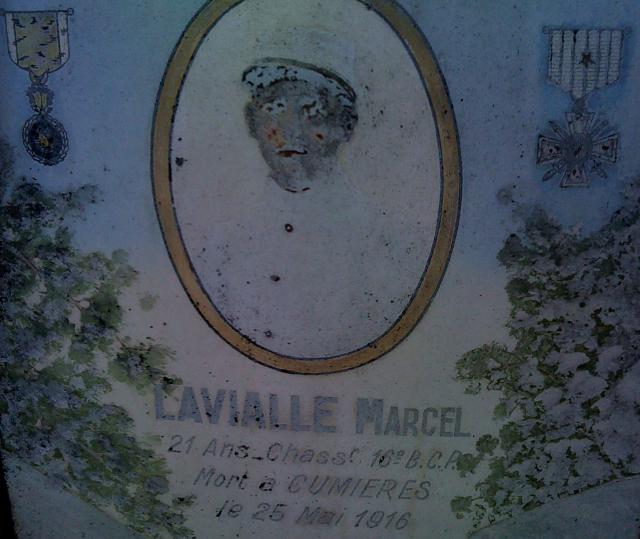 Cimetière de Bogny sur Meuse (08) 999101Lavialle1