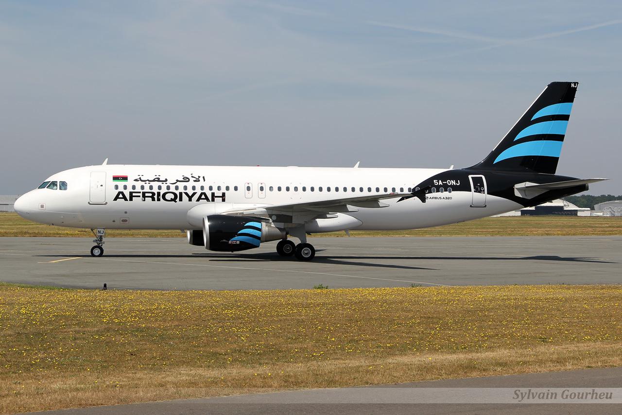 Airbus A320-214 Afriqiyah Airways 5A-ONJ le 15.07.13 9tsk