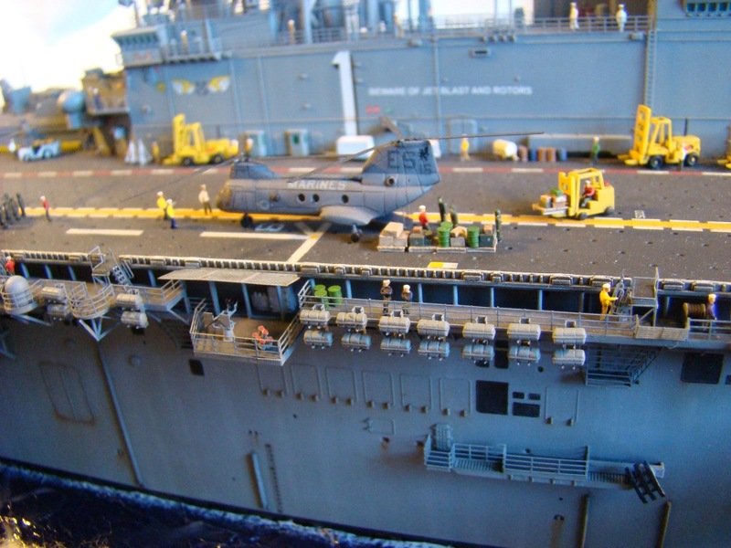 USS WASP LHD-1 1/350 Revell  Dsc09171o