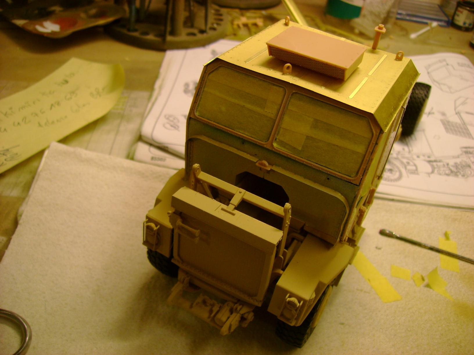 M1070 Truck Tractor & M1000 Semi-Trailer By T-bird!!!!! 1/35 Hobby Boss.Up du01/02.... - Page 4 108cxk