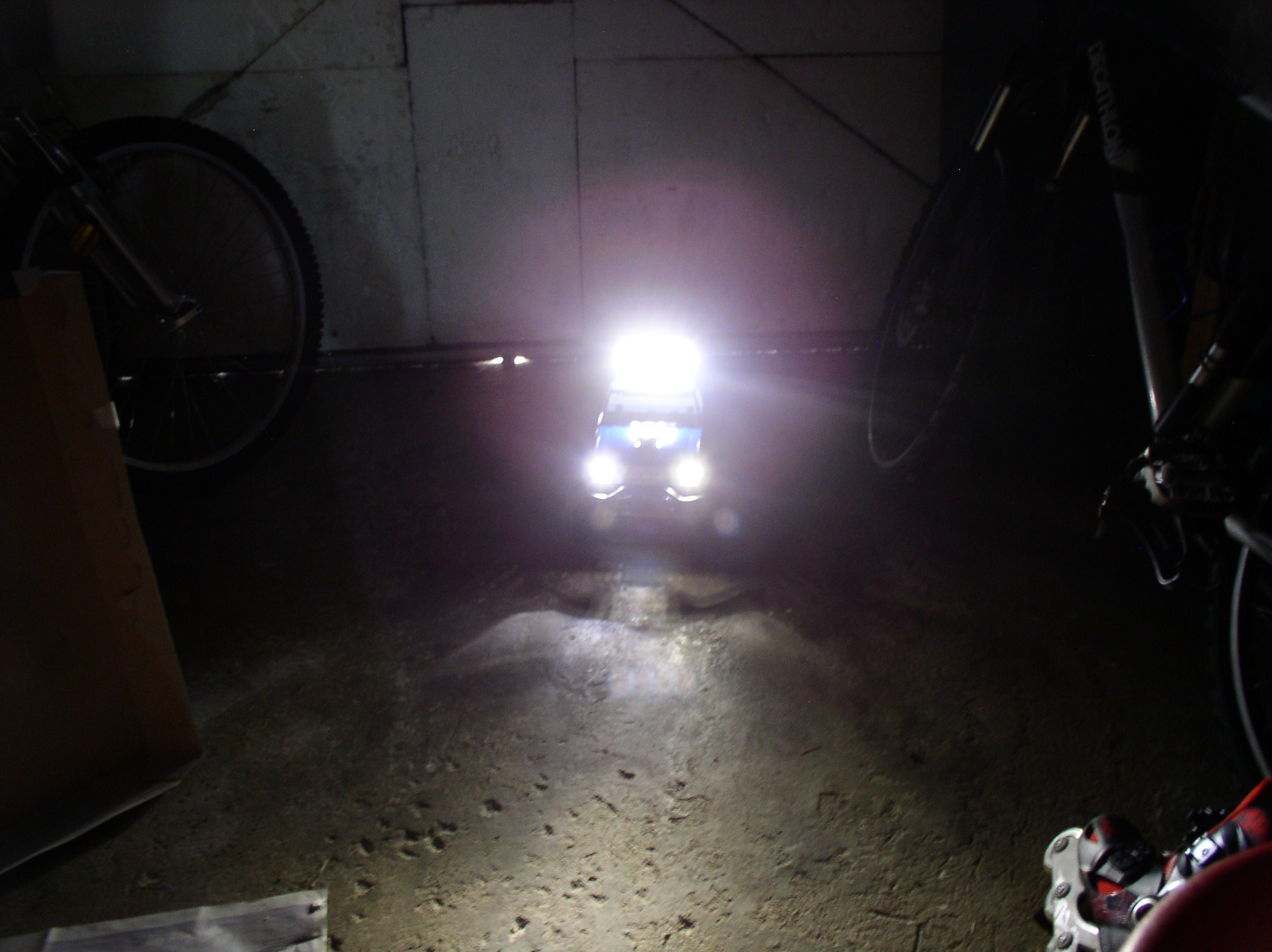 Mon Chevrolet K5, benne rallongée  (châssis SCX10)  0108o