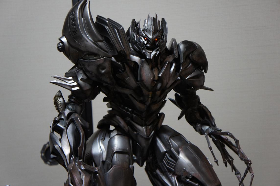 [Prime1Studio] Transformers: Revenge of The Fallen: Megatron Polystone Statue - Página 2 Yxu3