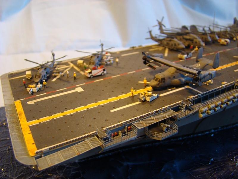 USS WASP LHD-1 1/350 Revell  Dsc09168g