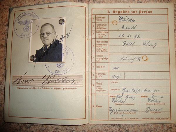 Traduction militarpass et wehrpass d'un suisse ayant combattu pour les allemands Dsc02065xu