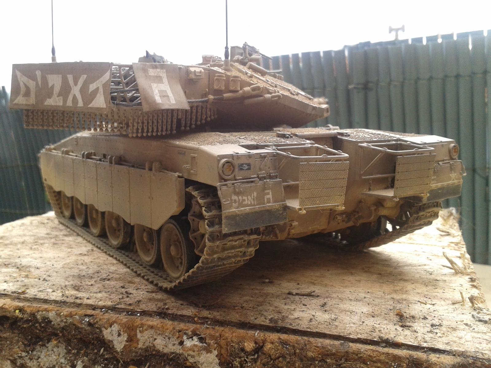 IDF MERKAVA MK.3D EARLY au 1/35 By Meng.....Terminer !!!! et sur son dio.... - Page 2 20130402175559